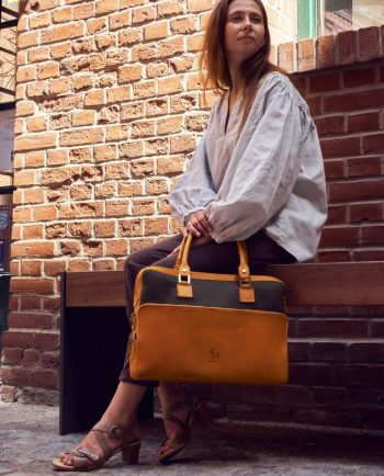 Laptop Bag - made from vegetable tanned leather and pure wool